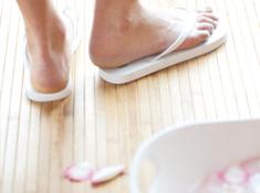 lic_feet
